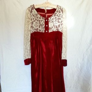Dresses & Skirts - Vintage lace and velvet gown